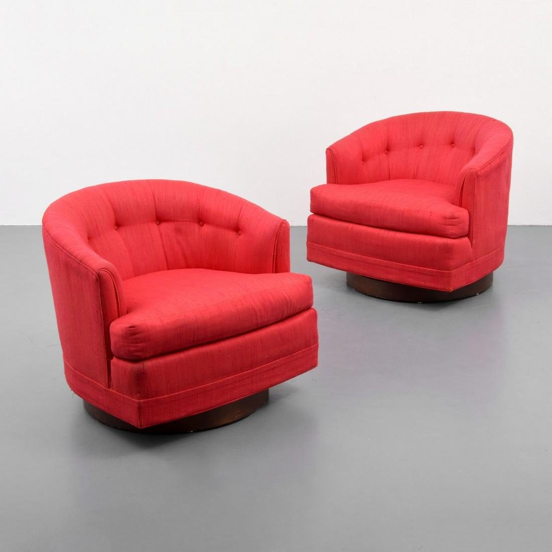 Pair of Swivel Lounge Chairs Attr. to Milo Baughman