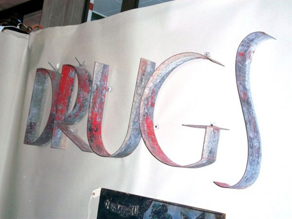 301: Large 1930's 'Drugs' Sign - 4