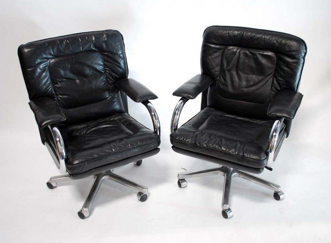 4: Pair of Mariani Chairs