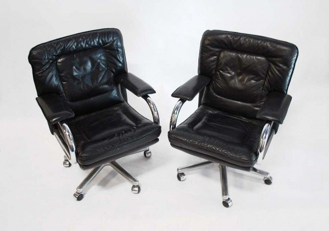 5: Pair of Mariani Chairs