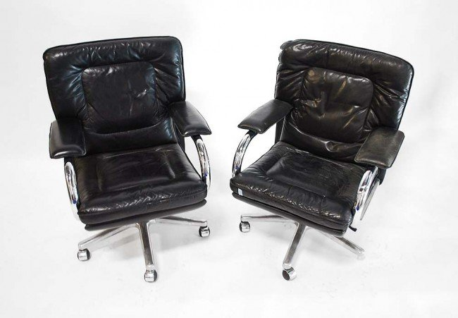 6: Pair of Mariani Chairs