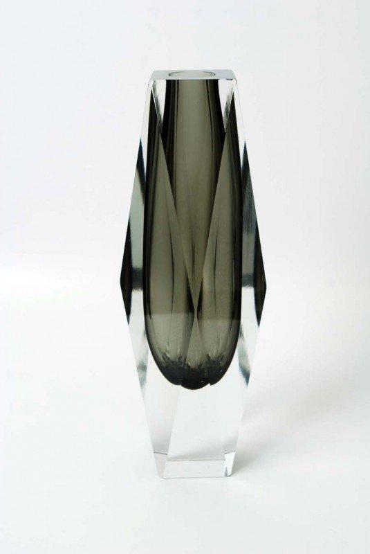 20: Large Luigi Mandruzzato Vase