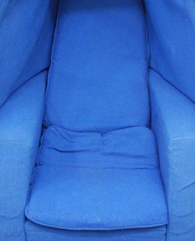 359: Lee West Egg Chair & Ottoman - 2