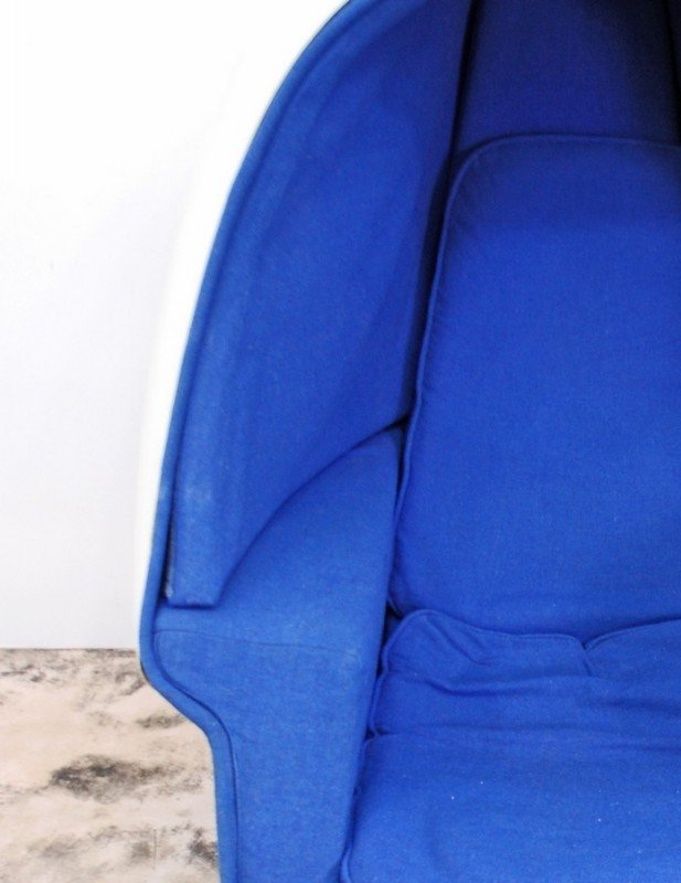 359: Lee West Egg Chair & Ottoman - 6
