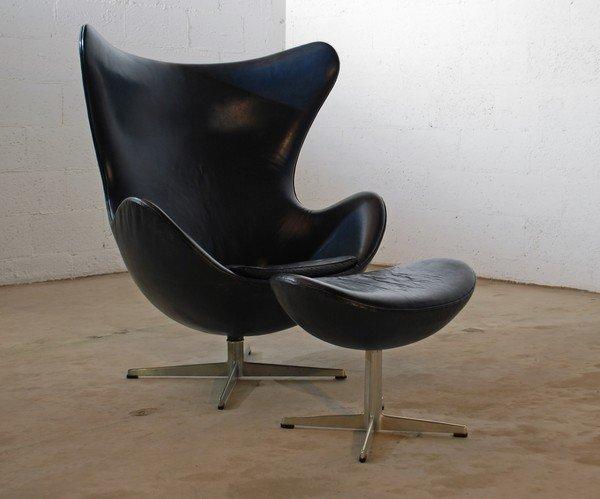 26: Rare Arne Jacobsen Egg Chair & Ottoman