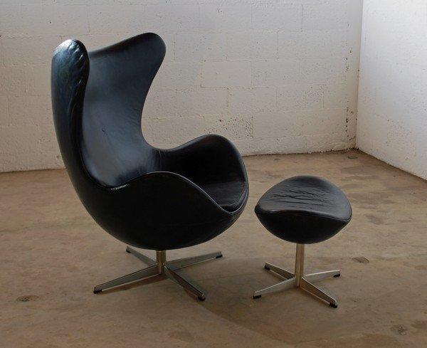 26: Rare Arne Jacobsen Egg Chair & Ottoman - 2