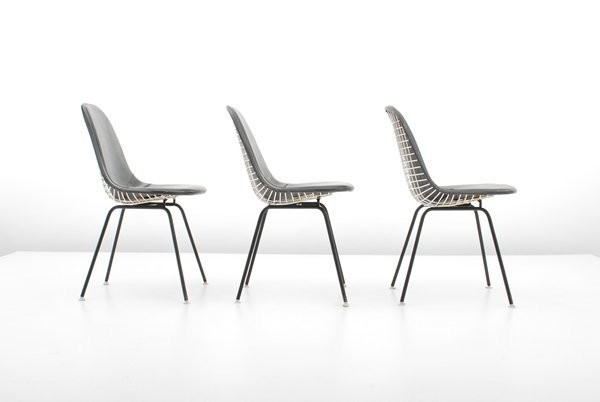 97: Charles & Ray Eames, Set of 3 Chairs - 2