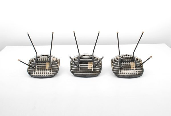 97: Charles & Ray Eames, Set of 3 Chairs - 4