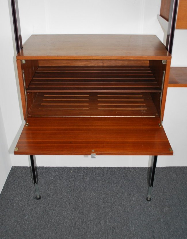 George Nelson CSS DeskWall Unit Knoll Chair Lot 63
