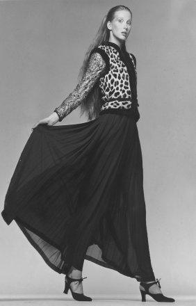 3 Fashion Photographs; Tiziani + Lagerfeld + Liz