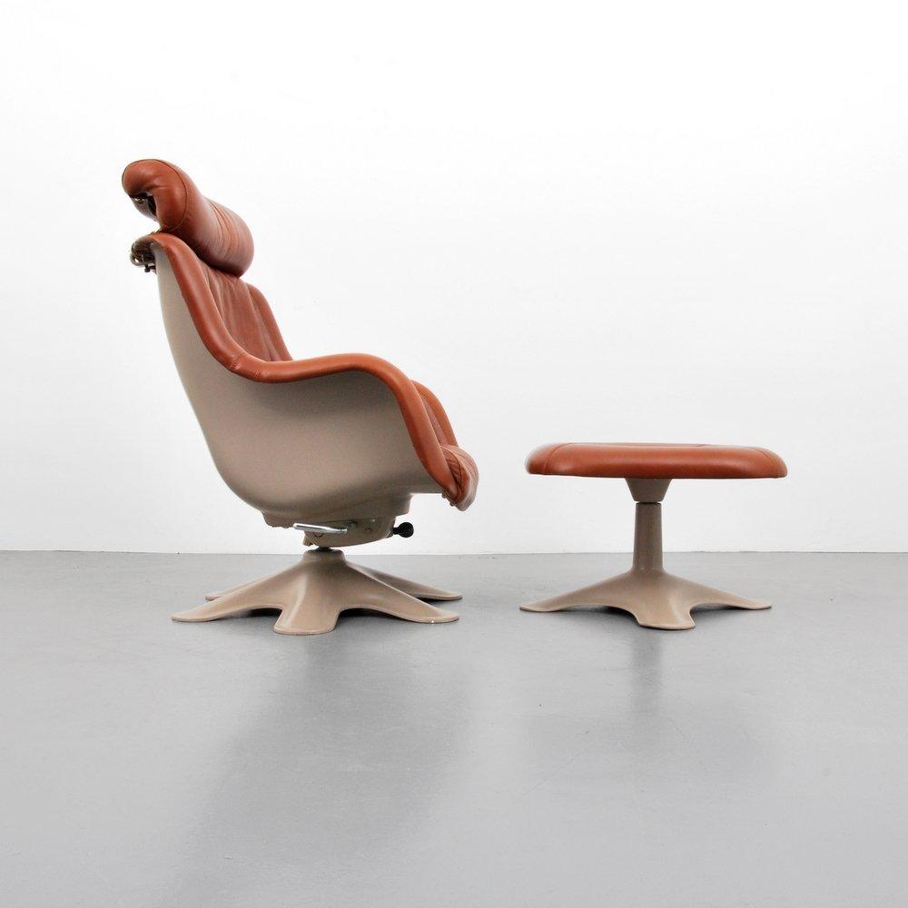 """Yrjo Kukkapuro """"Karuselli"""" Lounge Chair & Ottoman"""