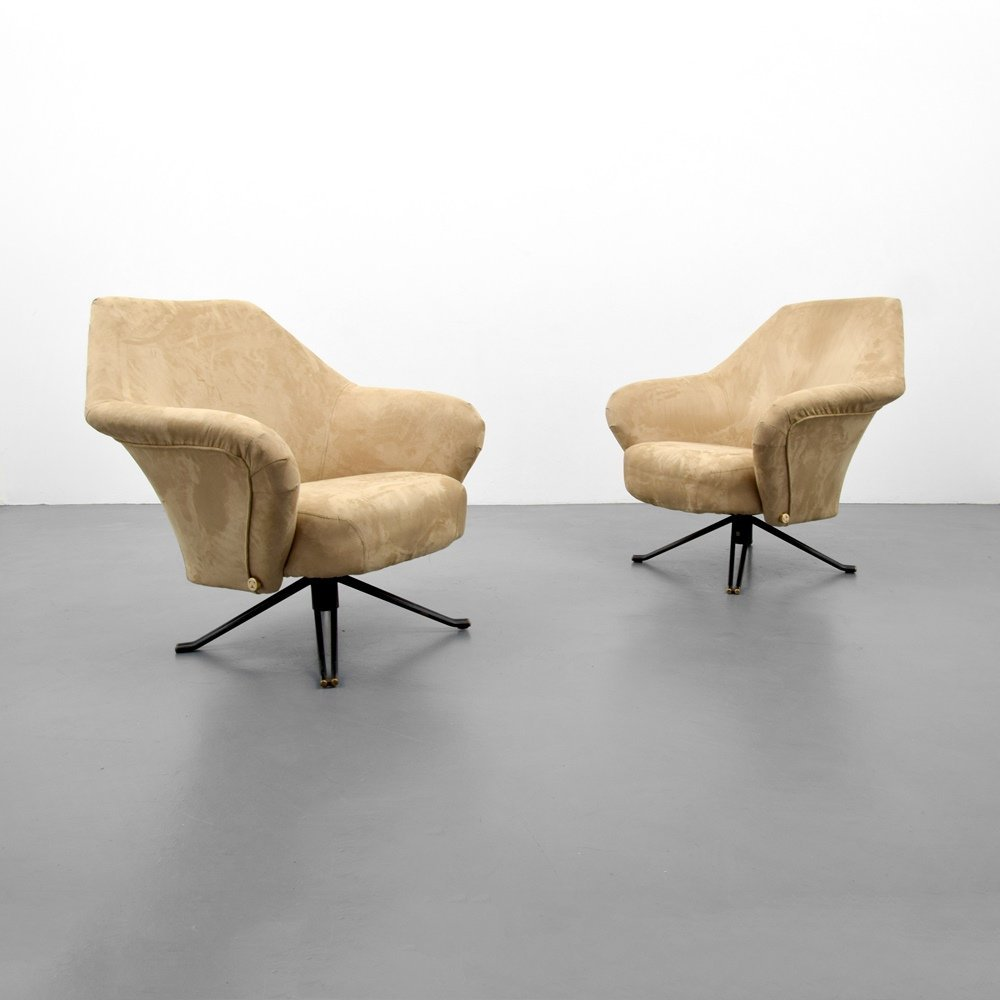 Pair of Osvaldo Borsani P32 Lounge Chairs