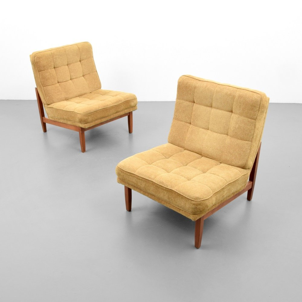 Pair of Florence Knoll Lounge Chairs