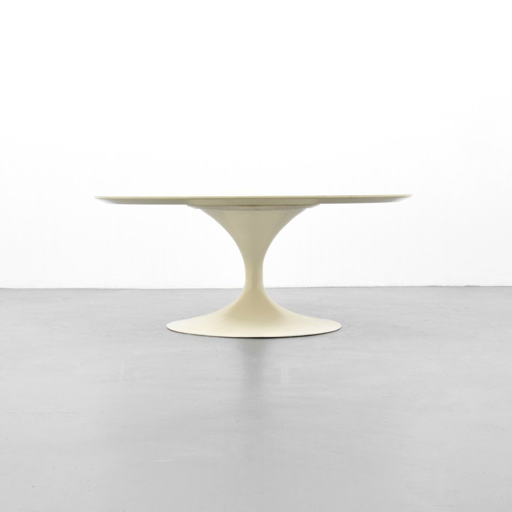 Eero Saarinen TULIP Coffee Table