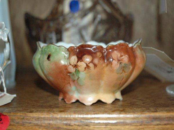 32: Haviland Limoges Porcelain Bowl. Stamped