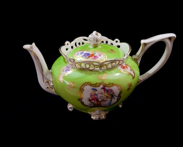 429: Deponiert Royal Bayreuth Bavarian China Tea Pot