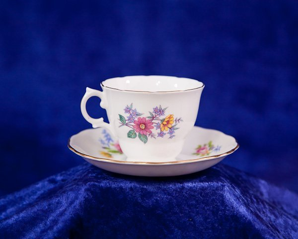 494: Royal Vale Bone China Tea Cup Plate England