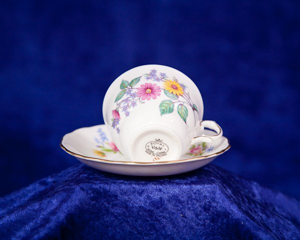 494: Royal Vale Bone China Tea Cup Plate England - 3