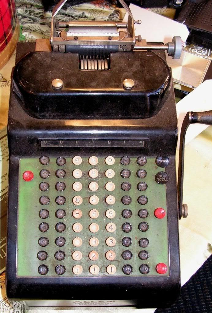 16: Vintage Americana Allen Calculator New York USA