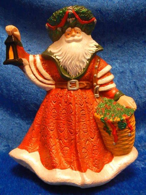 33245: Large Ceramic Santa Claus Holding A Lantern