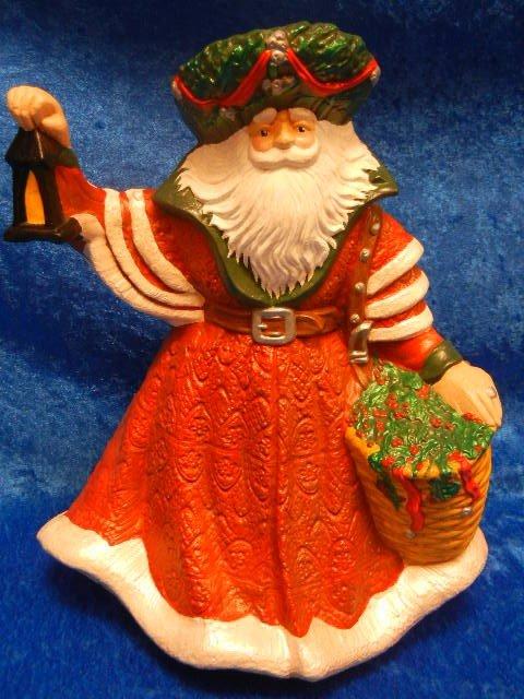33245: Large Ceramic Santa Claus Holding A Lantern - 2