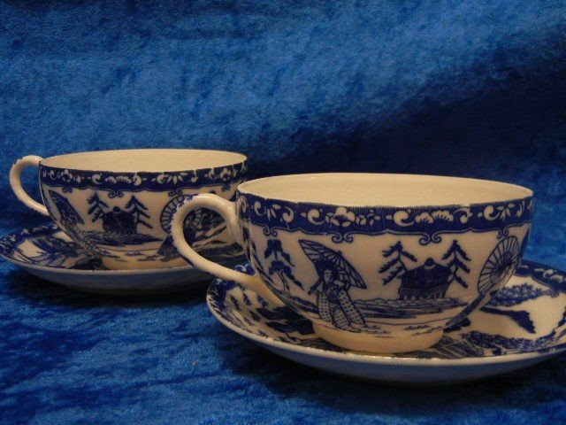 8:  Two Asian Blue White Cups Saucers