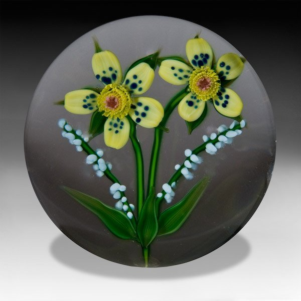 24: Debbie Tarsitano wheatflower bouquet paperweight.