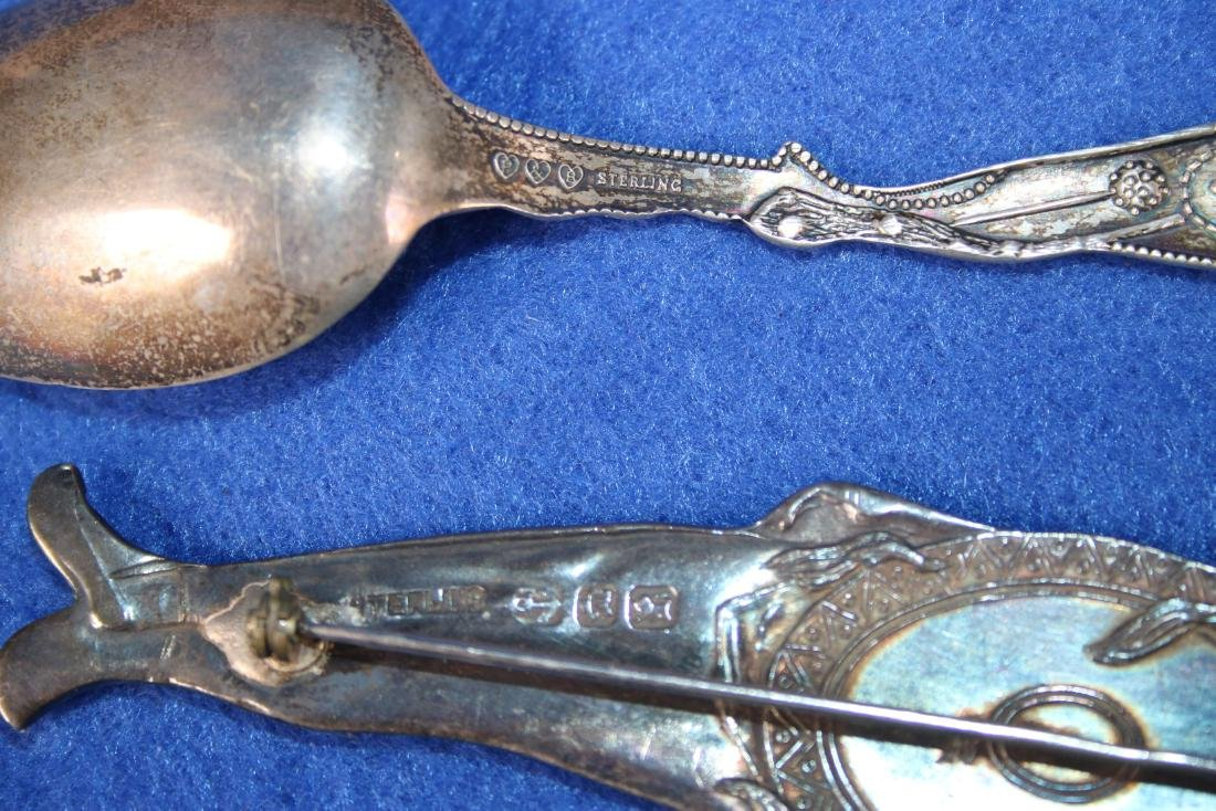 12 Sterling Silver Spoons in Glass Case - 2
