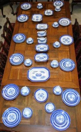Approx. 68 pcs. Spode Fitzhugh pattern china.