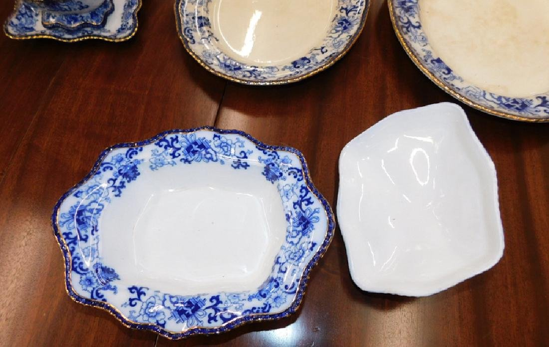 17 pc. Vict flow blue Doulton type partial dinner set. - 5