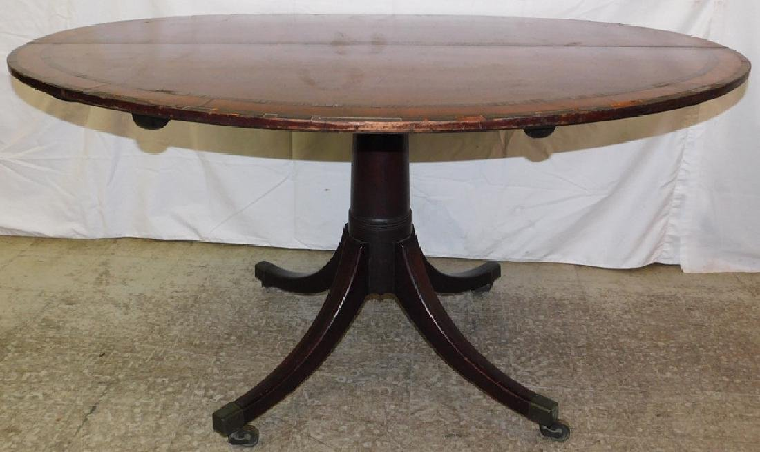 Hepplewhite oval breakfast mahogany Center table.