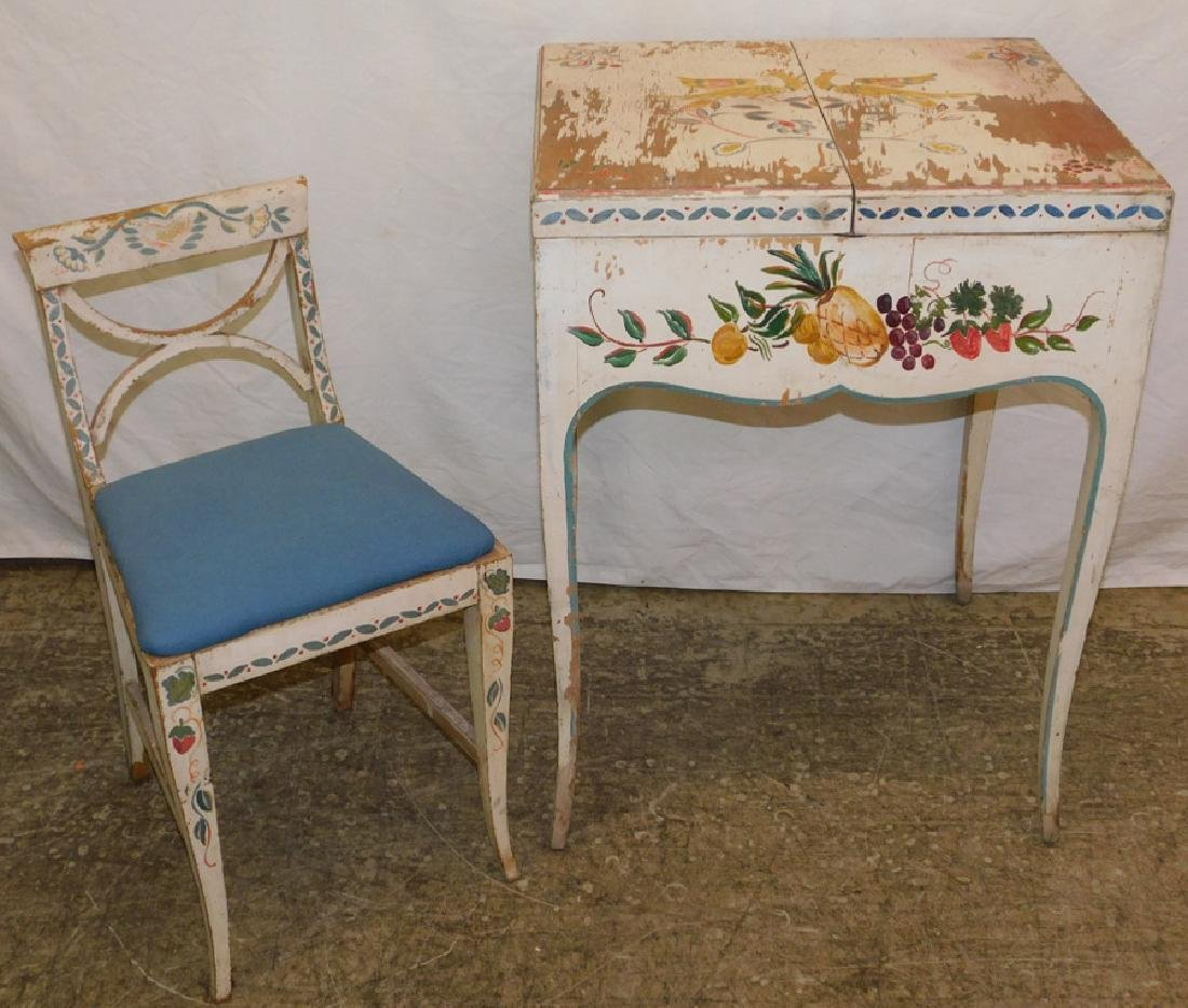 Paint decor. Ladies traveling dressing vanity/chair