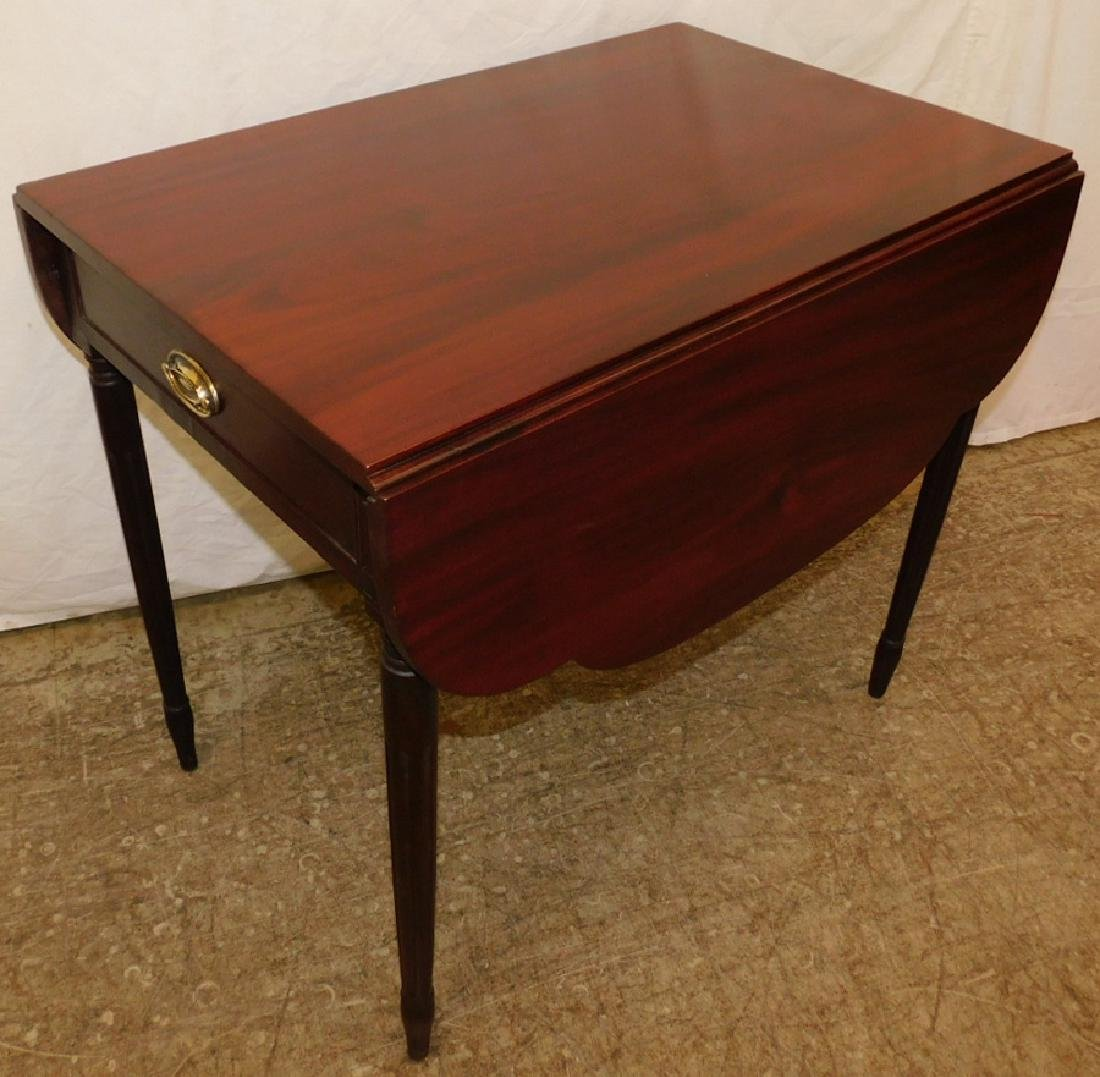 Mah Sheraton drop leaf Pembroke shaped top table