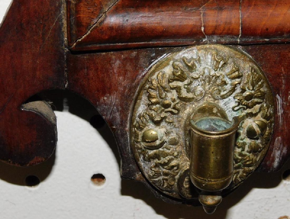 18th c QA burl walnut mirror - 3
