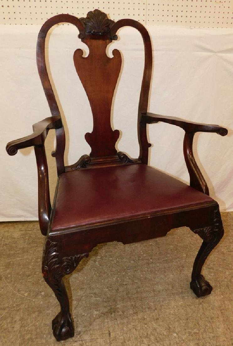 Mahogany Queen Anne transition arm chair.