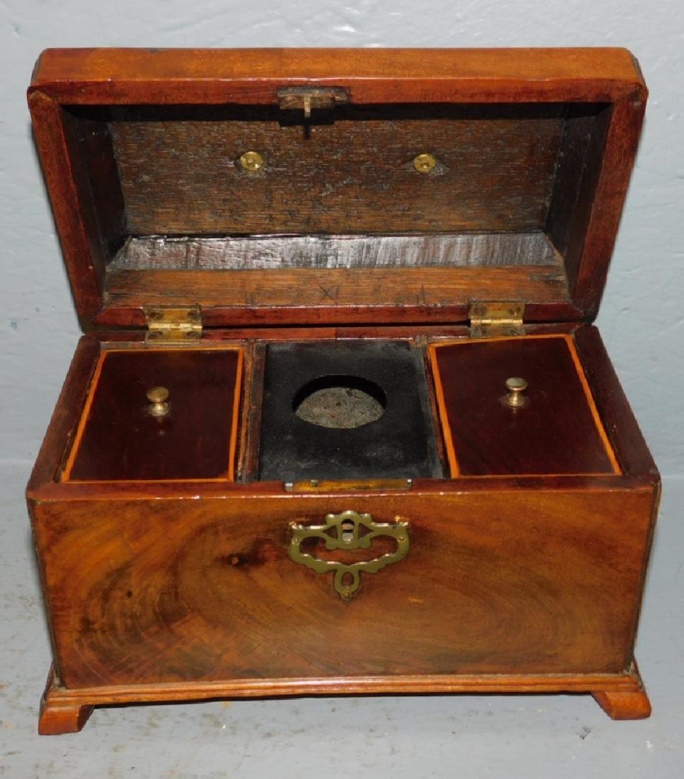 Mahogany 18th century fitted walnut tea caddy. - 2