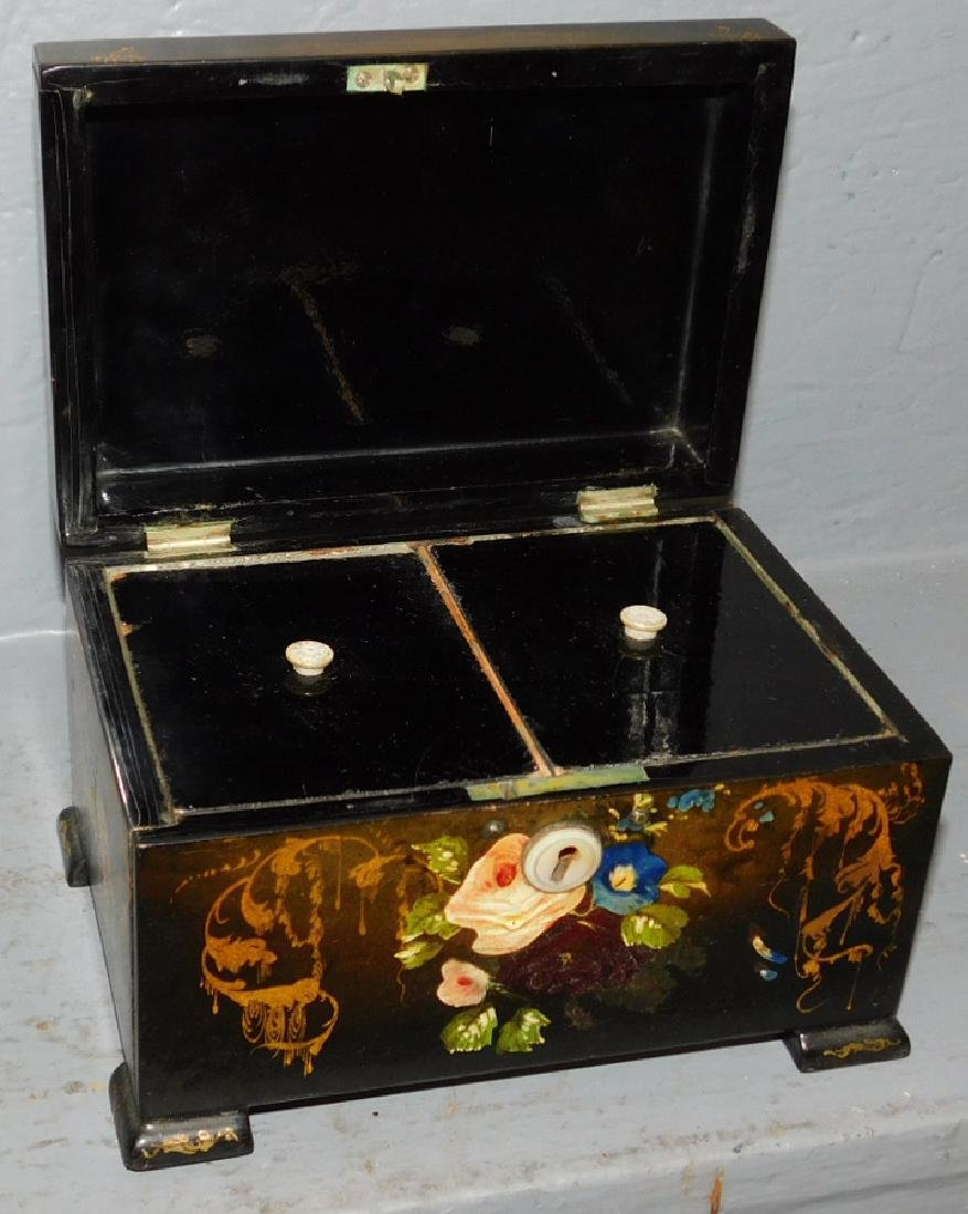 Lacquer and paint decorated fitted tea caddy. - 2