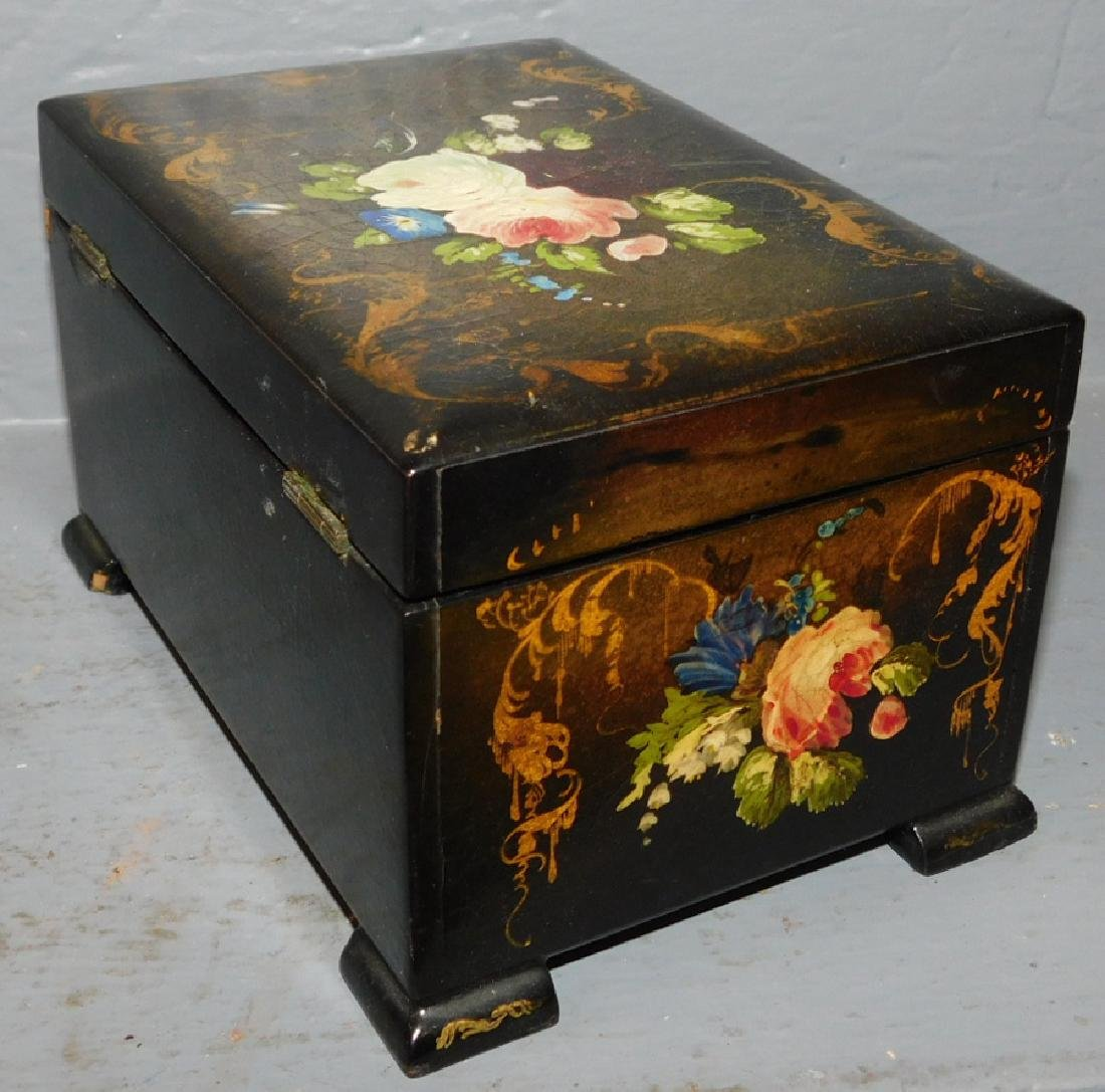 Lacquer and paint decorated fitted tea caddy. - 3