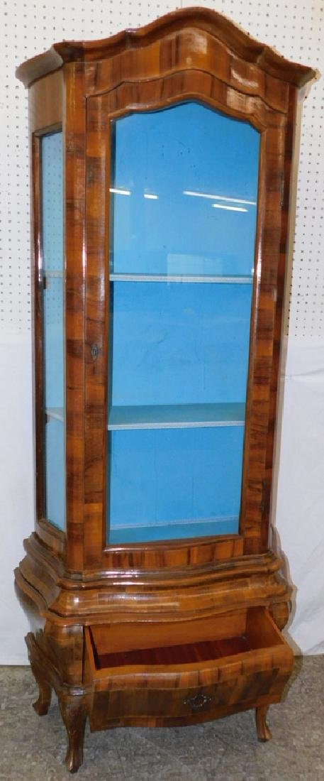 Burl walnut & glass French vitrine. - 3
