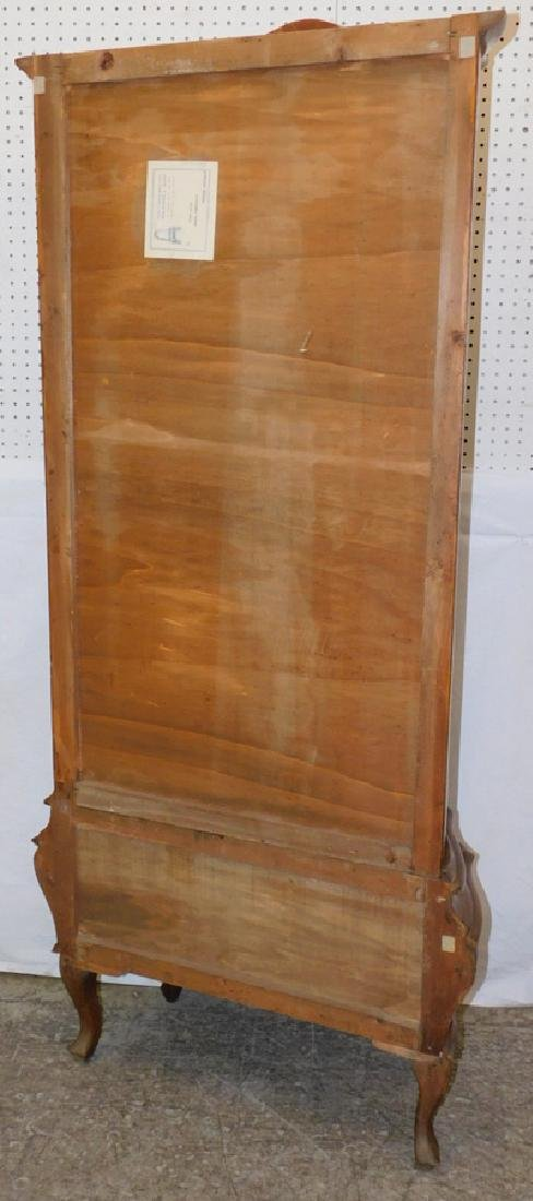 Burl walnut & glass French vitrine. - 4