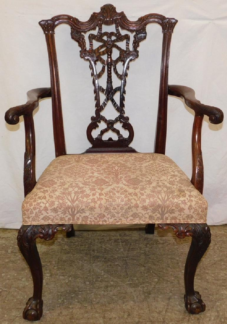 B & C foot Chippendale chair w/ carved splat back
