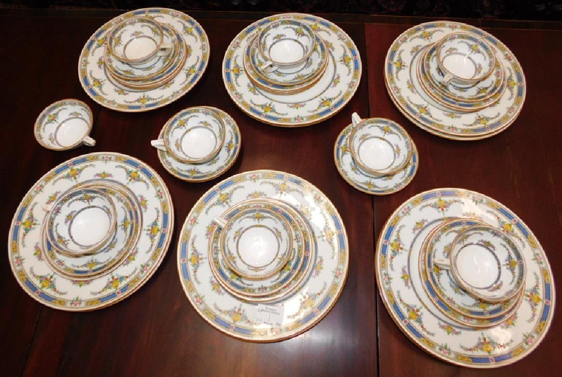 40 pc. Minton partial dinner set.