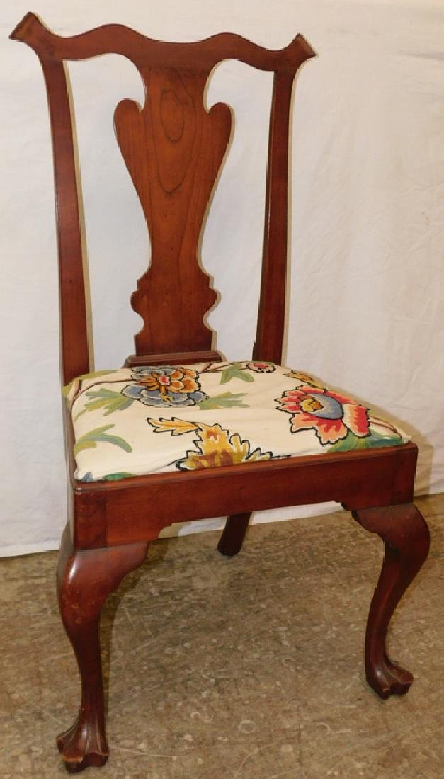 Cherry Queen Anne drake foot side chair.