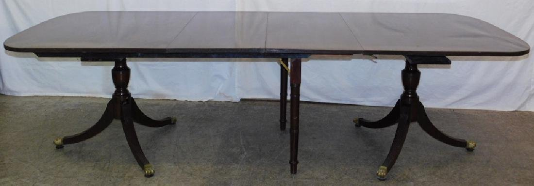 Double pedestal banquet table w/two extra leaves