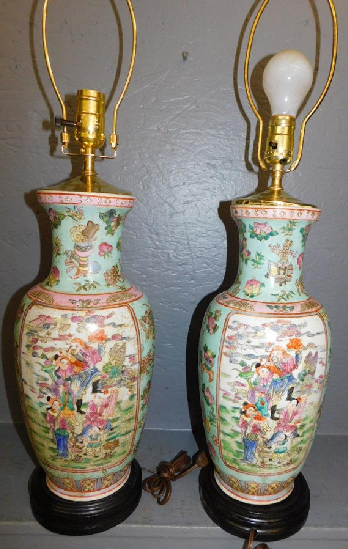 Pair of Oriental hand painted lamps. - 2