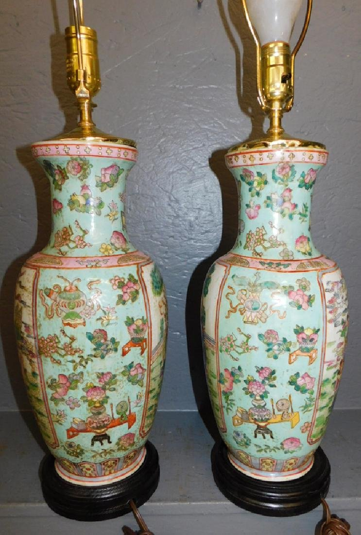 Pair of Oriental hand painted lamps. - 3