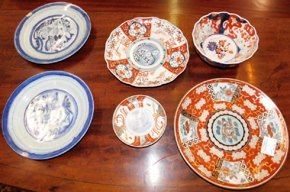 4 Imari and 2 Canton porcelain articles.