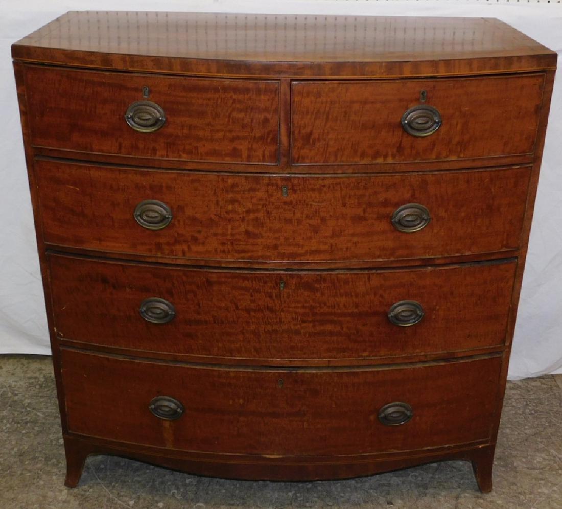 Antique 2/3 drawer period Hepplewhite chest.