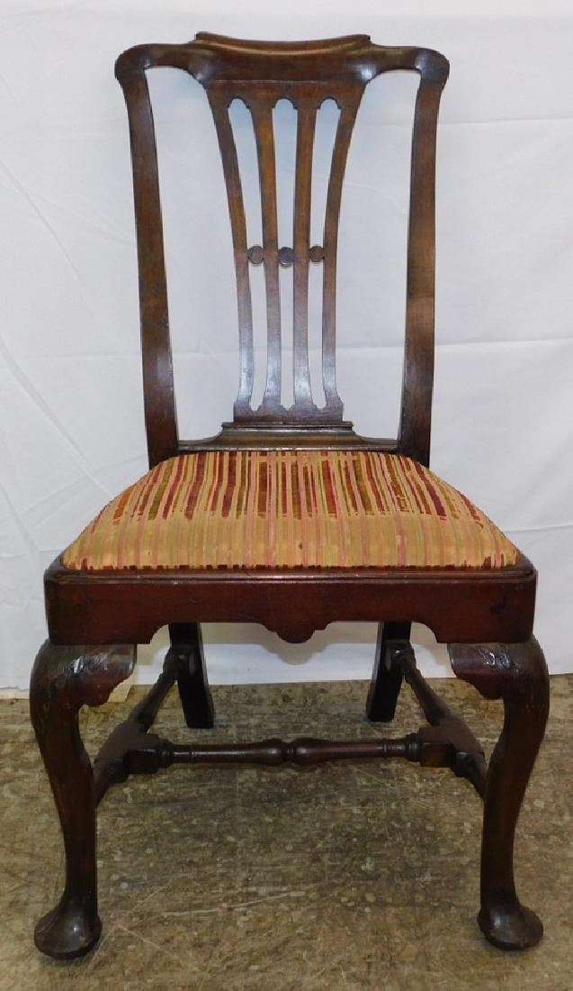 Mahog. period Queen Anne side chair.