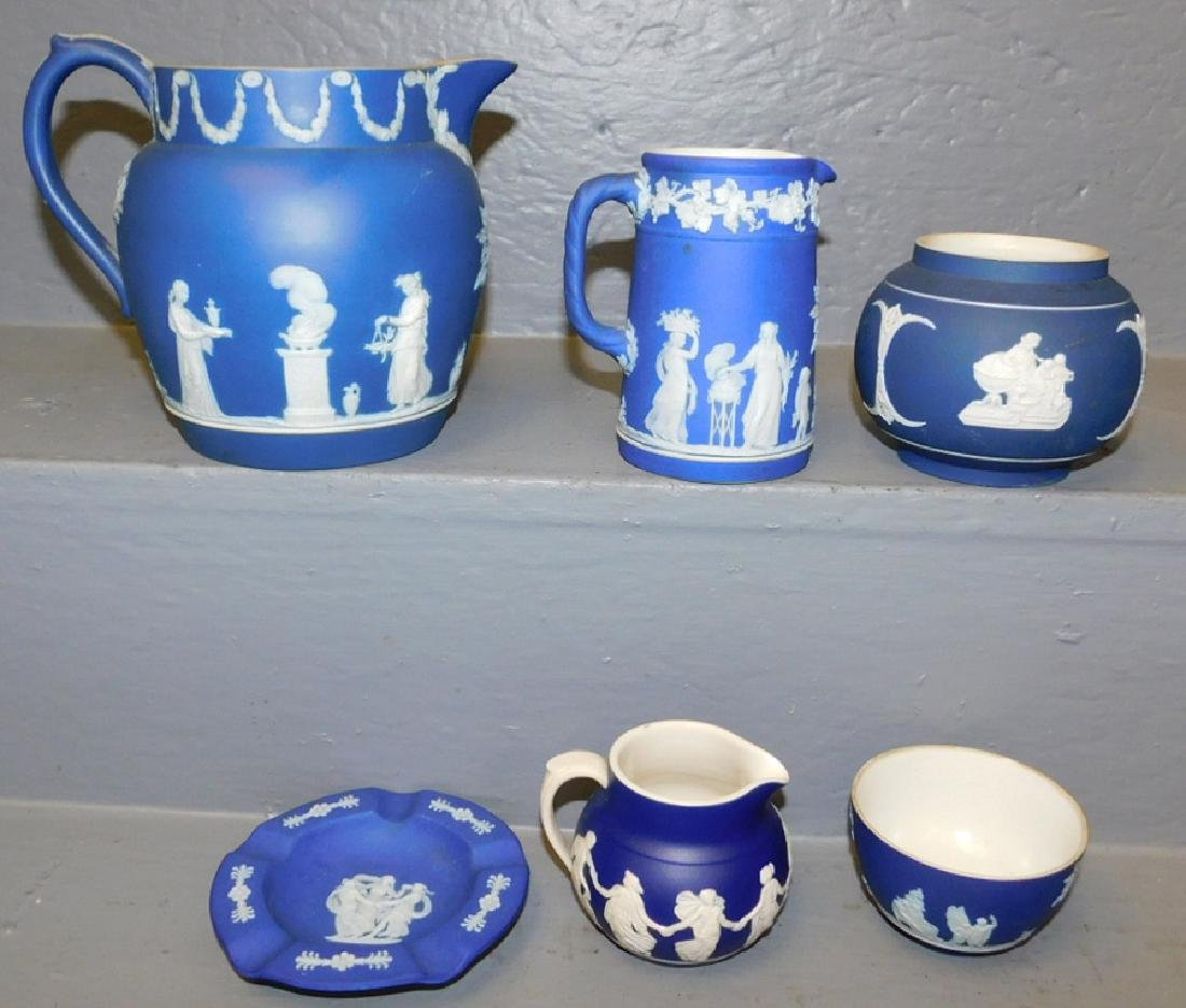 6 pieces Wedgwood Jasperware.